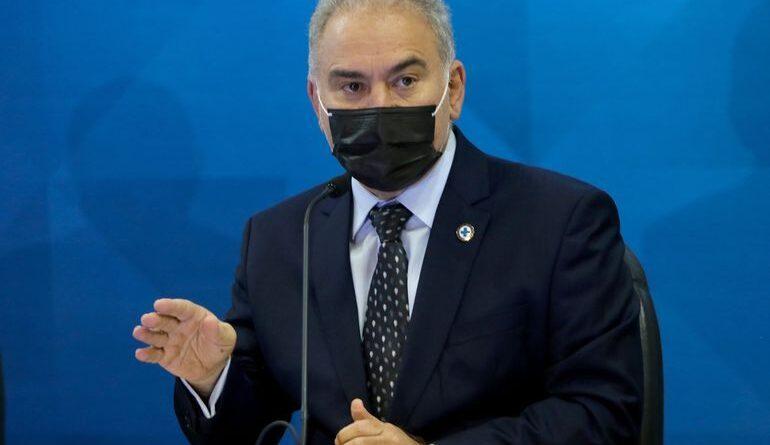 Ministro da Saúde, Marcelo Queiroga, fala à imprensa no ministério da Saúde, sobre a vacinação contra o covid-19